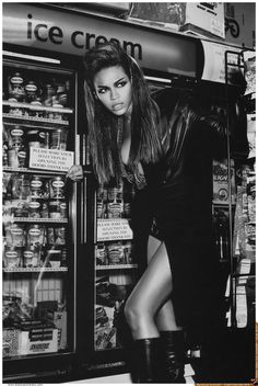 Beyonce graces the cover of GIANT Magazine: photographed by Ellen Von Unwerth.
