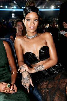 Rihanna ❤