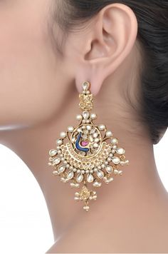 Indian Gold Jewelry Near Me Bridal Jewelry, Jewelery, Silver Jewelry, Silver Ring, Antique Jewelry, Indian Earrings, Indian Jewelry, Amrapali Jewellery, Jewelry Design Earrings