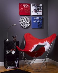 creative and crafty idea; turn old t-shirts into delightful posters