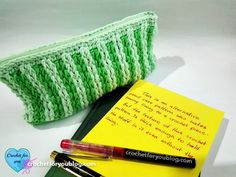 An alternative crochet pattern for who hate sewing lining to a crochet project. But this pencil case or cosmetic bag is thick enough to hold the stuff in it even without the lining.