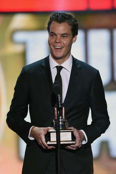 Tuukka Rask Photos - Tuukka Rask of the Boston Bruins speaks after winning the Vezina Trophy during the 2014 NHL Awards at the Encore Theater at Wynn Las Vegas on June 2014 in Las Vegas, Nevada. - Inside the NHL Awards Nhl Stanley Cup Finals, Nhl Awards, Boston Bruins Hockey, Hockey Baby, Pictures Of The Week, Sports Pictures, Hockey Players, Photo Galleries, Big