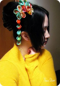 Kanzashi by Thea Starr Cloth Flowers, Satin Flowers, Fabric Flowers, Shibori, Kanzashi Tutorial, Kanzashi Flowers, Handmade Hair Accessories, Polymer Clay Art, Hair Ornaments