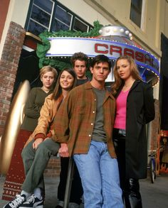 Because I love Roswell so much:) HAPPY 15TH ANNIVERSARY!!!♡♡♡♡♡