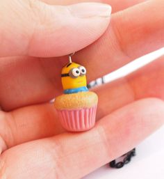 Minion Dave Miniature Cupcake Polymer Clay Scented por mintmintlily