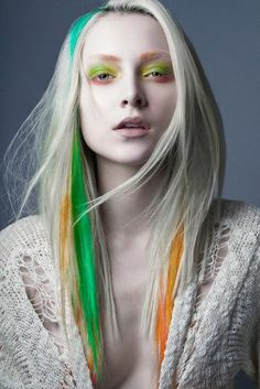 White hair Extraterrestrial look  Trend