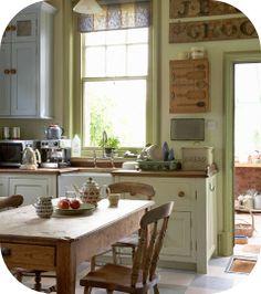 love this little kitchen. great farm kitchen