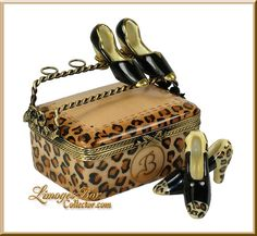 Bloomingdales Leopard Shoe Box (Beauchamp)... A girl loves her shoes...