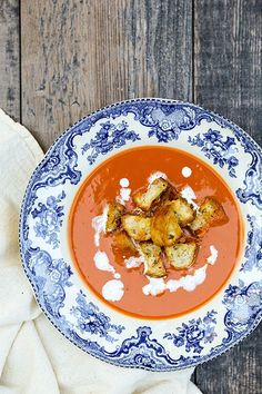 Tomato-Basil Soup with Parmesan Croutons | www.floatingkitchen.net
