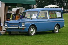 Hillman Husky. 1967-70 3 door estate, 875cc engine. At first, I thought it was some kind of customized '60 Corvair.