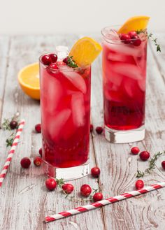 Cranberry Orange Gin Fizz with Thyme Recipe
