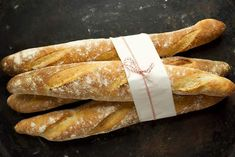 low carb keto french bread recipe - going to try this and sub the psyllium husk for some ground chia seeds Low Carb Recipes, Bread Recipes, Cake Recipes, Dessert Recipes, Lchf, Pain Keto, Ketogenic Diet Starting, Ketogenic Meals, Keto Meal