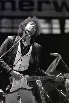 Bob Dylan performing in Rotterdam, June 23, 1978