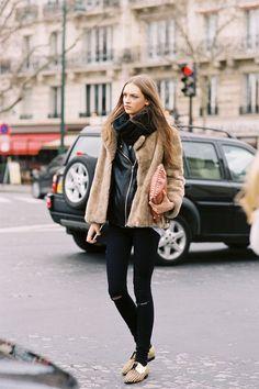 Vanessa Jackman: Paris Fashion Week AW 2012....Daga