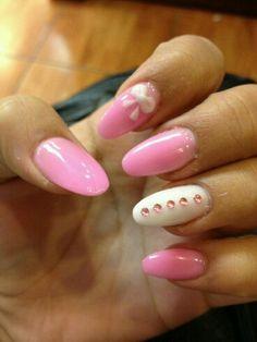 Mandorla rosa fiocco bianco e strass rosa