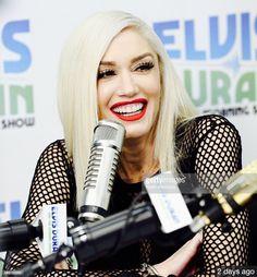 Gwen Stefani Gwen Stefani The Voice, Gwen Stefani No Doubt, Gwen Stefani Style, Miranda Lambert, Christina Aguilera, Blake Shelton, Goth Girls, Pretty Girls, Ms