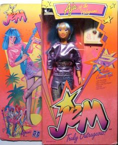 Jem Doll, Barbie Dolls, Childhood Toys, Childhood Memories, Best 80s Cartoons, Dolls From The 80s, Jem Et Les Hologrammes, Jem And The Holograms, Barbie Friends