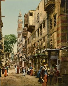 Old lane, Cairo, late 19th century. The photo is old coloured.