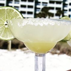 It's 5 o'clock at #LongboatKeyClub! Sit back and relax and have a Happy #NationalMargaritaDay!