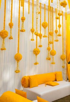 Looking for A simple, DIY marigold decor for an intimate ceremony? Browse of latest bridal photos, lehenga & jewelry designs, decor ideas, etc. Wedding Backdrop Design, Desi Wedding Decor, Wedding Hall Decorations, Marriage Decoration, Backdrop Decorations, Decoration Table, Mehendi Decor Ideas, Diwali Decorations At Home, Boutique Deco