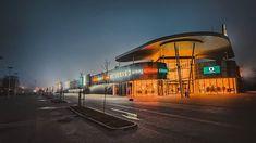 47/365 Jaki tu spokój NaNa  Nic się nie dzieje nanana.       #bobiko365  #project365 #365challenge  #oneplus7t #children #nightphotograhy #beforework #morningride #foggy #building #center #buildingporn #shoppingmall #shoppingcenter #karuzelawrzesnia. #dailyphoto #cityscape  #cityphotography  #cityview  #moodyofpoland #architecture #sky #metropolitanarea #facade #wrzesnia .  Oneplus 7T Train, Instagram, Strollers