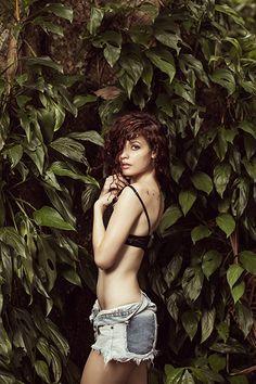 Julia Rodrigues   Ensaio.