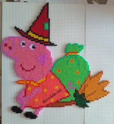Witch Peppa Pig hama perler beads by Deco.Kdo.Nat
