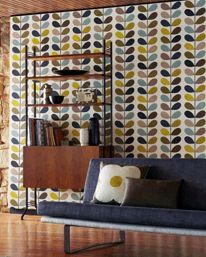 Buy Orla Kiely Wallpaper in Australia. Together with Harlequin this retro removable wallpaper collection is affordable. Harlequin Wallpaper, Print Wallpaper, Pattern Wallpaper, Graphic Wallpaper, Wallpaper Shelves, Vinyl Wallpaper, Wallpaper Ideas, Orla Kiely, Mid Century Modern Wallpaper