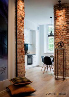 Home Interior 2019 Cozy Studio Apartment, Inside A House, Brick Interior, Interior Decorating, Interior Design, Vintage Design, Diy Garden Decor, Home Living, Home Decor Styles