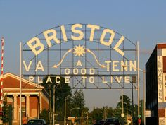 Bristol VA / TENN sign (Daytime view) | Flickr - Photo Sharing!