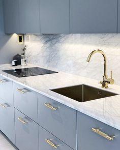 Kitchen Room Design, Modern Kitchen Design, Home Decor Kitchen, Interior Design Living Room, Home Kitchens, Kitchen Ideas, Grey Kitchens, Appartement Design, Cuisines Design