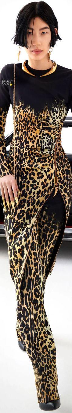 Roberto Cavalli Fall 2021 RTW Roberto Cavalli, Fall Winter, Boss, Asia, Fashion, Season 2, Moda, Fashion Styles, Fashion Illustrations