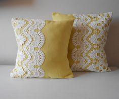 Yellow Pillow Cowl Set Of Two Ornamental Throw By Mylacyboutique , gelbes kissen-hauben-set von zwei dekorativem wurf durch mylacyboutique Yellow Pillow Cowl Set Of Two Ornamental Throw By Mylacyboutique , Yellow Pillow Covers, Diy Pillow Covers, Yellow Pillows, Decorative Pillow Covers, Cushion Covers, Diy Throw Pillows, Bow Pillows, Sewing Pillows, Throw Pillow Sets
