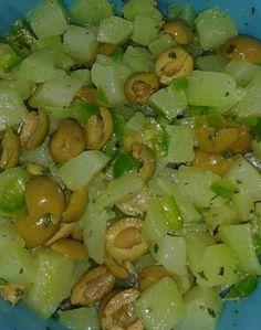 Salada de chuchu, rápida e deliciosa. Beef Recipes For Dinner, Mexican Food Recipes, New Recipes, Vegan Recipes, Ethnic Recipes, Healthy Rice, Healthy Eating, Healthy Sandwiches, Vegetable Recipes
