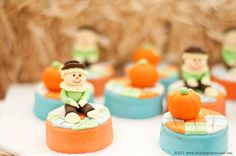 Fondant topped Oreos at a Pumpkin Party #pumpkin #partycookies
