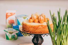Persikkainen rahkatorttu kevään juhliin - Katso resepti! - Maitokolmio.fi Cheesecake, Baking, Desserts, Recipes, Food, Tailgate Desserts, Deserts, Cheesecakes, Bakken
