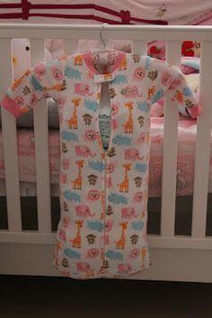 my own no fuss re-purposed sleeping bag as diaper stacker =)