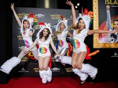 Violinist Lindsey Stirling and YouTubers Rosanna Pansino, iJustine and Cassey Ho arrive for the premiere of 'A Trip To Unicorn Island' at TCL Chinese Theatre in Hollywood.  Gabriel Olsen, FilmMagic