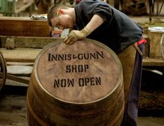 Innis & Gunn Craft Beers | Born by Accident in Edinburgh, Scotland - ooooh... I want to go to there!