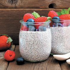 This power-packed morning treat combines the superfood properties of quinoa, chia seeds, AND hemp for an invigorating start to the day. It couldn't be easier to make—simply combine the ingredients and let the mixture set overnight. Before you know it, you'll be enjoying a delicious serving of fruit and protein! Make Money Blogging, How To Make Money, Protein Pudding, Hemp Protein, Hemp Oil, Chia Seeds, Superfood, Affiliate Marketing, Quinoa