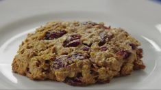 Delicious? Check. Filling? Check. Healthy? Check. This can't-believe-it-does-everything breakfast is a go-to. Did we mention it's a cookie?/