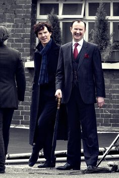 Holmes brothers... Hey, guys, what are you laughing about??? http://pinterest.com/aggiedem/sherlock-addict/ http://pinterest.com/aggiedem/sherbatched-or-cumberlocked/