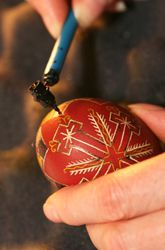 How to make Pysanky eggs. Great #EasterCraft for middle school & above!