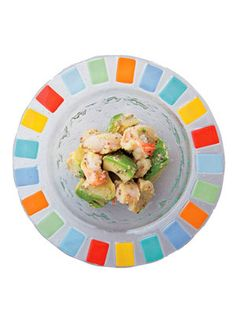 海老とアボカドのテッパンコンビがサラダに。|『ELLE gourmet(エル・グルメ)』はおしゃれで簡単なレシピが満載!