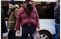 A la sortie des défilés de la fashion week homme automne-hiver 2017-2018, la doudoune s'est imposée comme le nouveau must-have de la saison. Zoom sur les meilleures façons de la porter de Londres à Paris en passant par Milan.