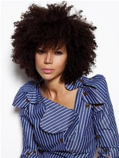I LOVE this! If my hair could look like this I would consider giving up my straightened natural hair!