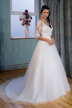 Victoria Kay Wedding Gown at Lief Bridal Birmingham - Appointments ...