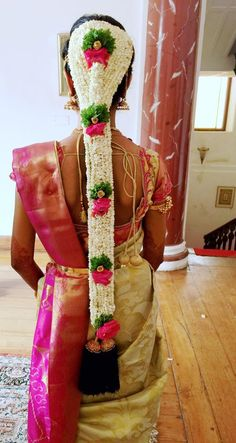 Traditional Southern Indian bride's bridal braid hair. Hairstyle by Swank… South Indian Hairstyle, Bridal Hairstyle Indian Wedding, Bridal Hair Buns, Indian Bridal Sarees, Bridal Braids, Indian Bridal Hairstyles, Bridal Hair Flowers, Bride Hairstyles, Wedding Garlands
