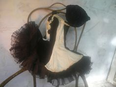 Welcome to my vintage webshop - filled with treasures of a long time past, touched by whiffs of theatre dust, sprinkles of circus magic & fairy-tales of tulle and sparkling gems. Vintage Circus Costume, Vintage Costumes, Pointe Shoes, Toe Shoes, Scary Circus, Ballet Shows, Pierrot Clown, Vintage Ballet, Headdress