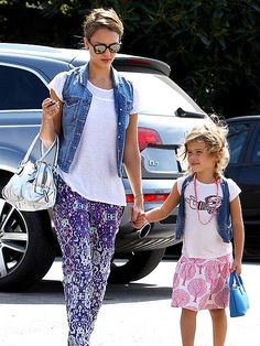 How cute is this pic of mom and daughter VEST FRIENDS photo | Jessica Alba